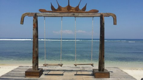 gili-swings